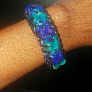 Jewelry - Starburst rubber band bracelet made with love